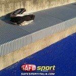 83-esterna-seduta-cemento-protetta-150x150 Tribuna sportiva con seduta in cemento