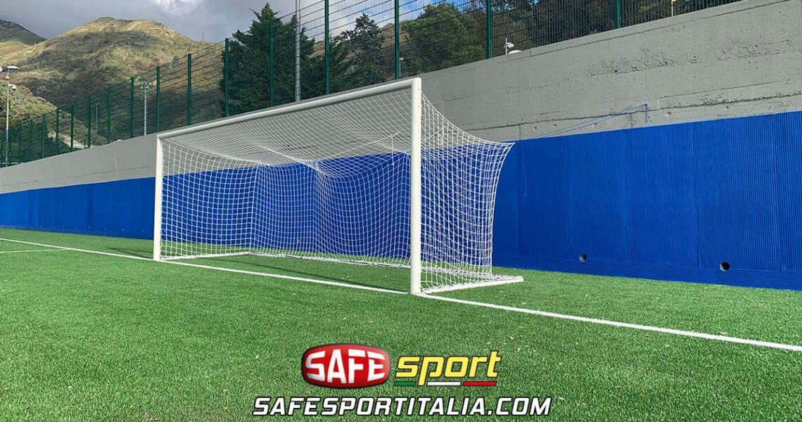 Rivestimenti protezione antitrauma campo calcio